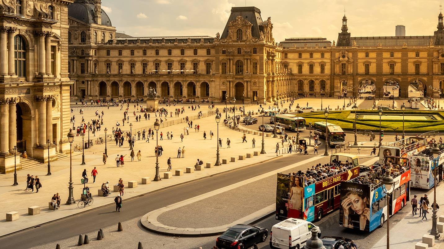 PRIVATE GUIDE PARIS Louvre Museum