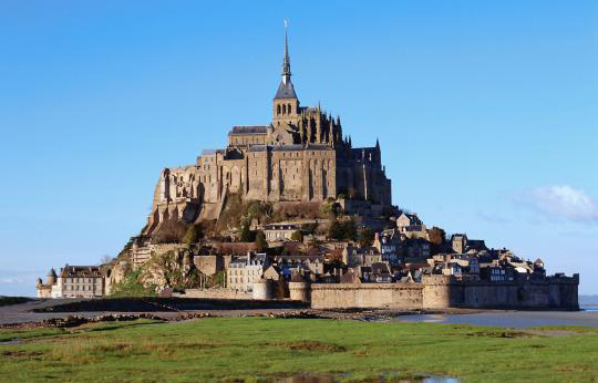 PRIVATE GUIDE PARIS LE MONT SAINT MICHEL – NORMANDY REGION